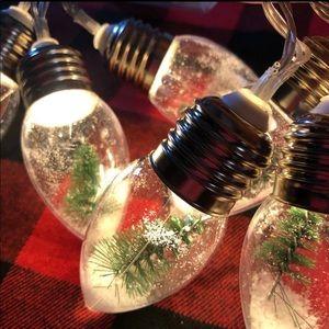 Target snow globe string lights x 4 HTF hot item!